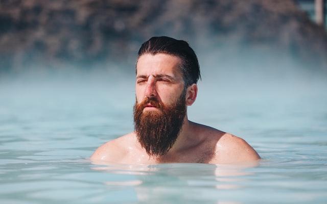 【脱毛すべき?】清潔感のある男の髭の整え方